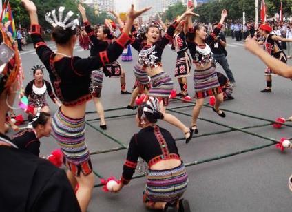黎族有什么风俗习惯?中国少数民族黎族的来历习俗