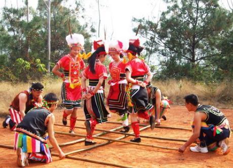 高山族有什么风俗习惯?中国少数民族高山族的来历习俗