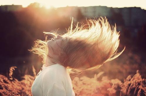 【头发护理】秋季护发要拒绝毛糙和静电