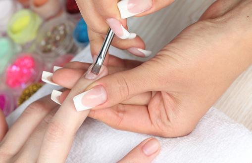 指甲油怎么涂不易掉?怎么涂指甲油好看而且不易掉