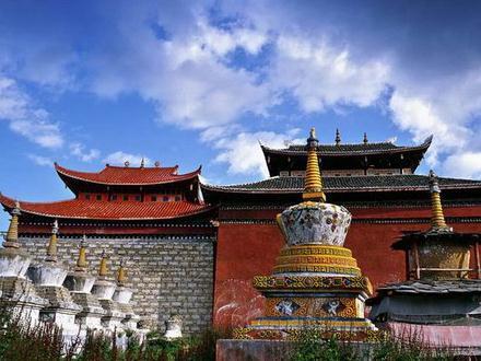 中国传统住宅建筑风格之西藏