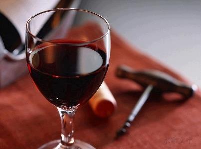 自带酒水礼仪:餐厅自带葡萄酒礼仪知多少