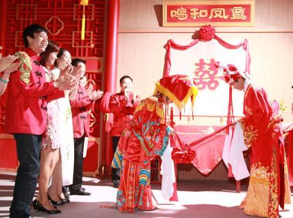 中式婚礼的基本礼仪流程-中式婚礼必备的道具