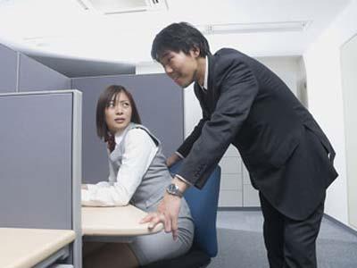 男女情感:女白领拒绝男上司的10个诀窍