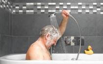 老人沐浴之前要做好五大准备工作