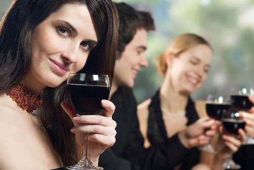 喝什么东西解酒最快_吃什么食物解酒最快?解酒最快的食物有哪些 -360常识网