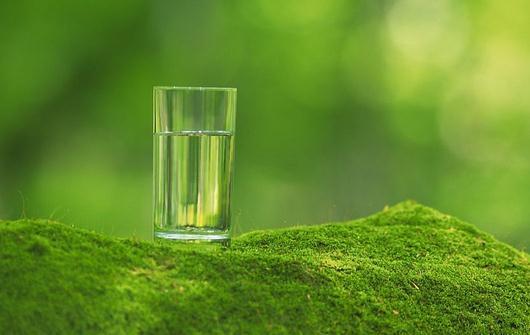 早上起床不能喝什么水?晨起不能喝盐水