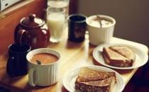 早餐吃太快患癌风险高!早餐不能这样吃!