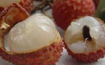 怎样吃水果不上火?荔枝浸盐水冰后再吃不上火