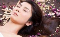 汉方美容方法:高丽参入浴可治痘