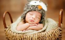 如何给新生儿最全面的呵护?