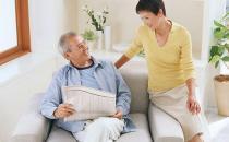 中老年人前列腺增大该如何护理