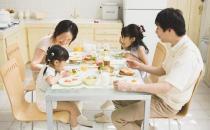 饭后百步要因人而异 哪些吃饭习惯有益健康?