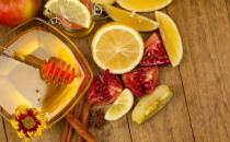 蜂蜜怎么吃能够排毒美颜?