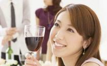 高血压患者可以少量饮酒