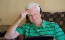 老人耳朵不好 三步解决困扰