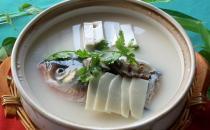烹饪鱼头首要注意卫生!