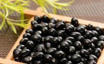女性吃黑豆美化肌肤保年轻