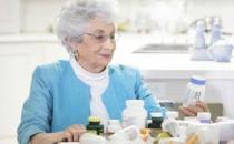 老人用药三大问题子女要帮助改正