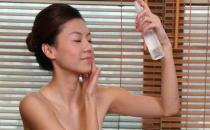 冬季皮肤干燥有什么办法快速缓解
