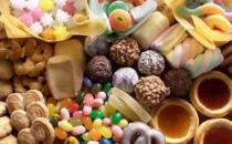 6成中学生钟情零食和洋快餐 学生多患成人病