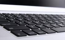 怎么清除电脑键盘的灰尘?