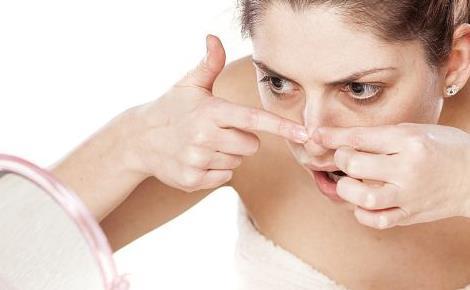 女性经期皮肤暗沉 如何护理肌肤