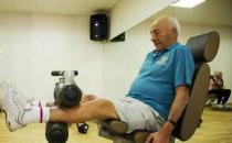老人一天24小时的长寿养生方法