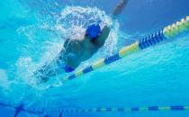 仰泳的技巧介绍-仰泳的动作要领