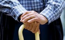 老人勤锻炼 肌肉不萎缩