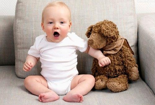 宝宝鼻塞了不一定就是感冒