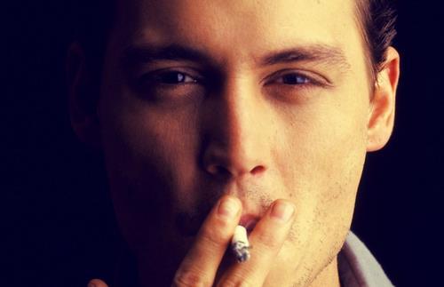 吸烟加重职业危害 合理饮食不可少
