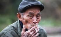 老人吸烟太多会有哪些危害