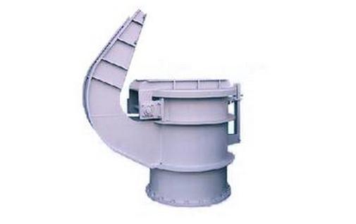 泄压阀的安装与改装-泄压阀的工作原理 泄压阀的工作原理 泄压阀是由针形阀、压力表、主阀、导阀、及连接管等部件组成。它是水力控制阀的一种。主阀被隔膜分成上下两部分,隔膜下腔为水流通道,上腔为控制室,由它来控制主阀阀瓣的启闭。导阀本身就是一个泄压阀,它也有控制室和水流通道,阀瓣启闭由控制室控制。针形阀即节流阀,它控制着连接管中水的流量。 在消防给水系统运行过程中,主管道水流方向自左向右,一路控制水进入导阀控制室,当水的压力小于设定泄压值时,导阀弹簧的推力大于水的压力,导阀阀瓣处于关闭状态。另一路控制水经节流