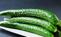 黄瓜不能和什么同食?黄瓜+花生损害肠胃健康