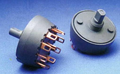 旋转开关采用正交光学编码器作为取代模拟电位计的纯