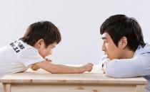 孩子的成长离不开父爱