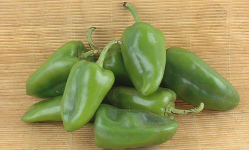 吃青椒要去除蒂部 告诉你几种蔬菜不能吃的部位