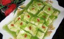 教你在家制作美味的翡翠杞玉豆腐