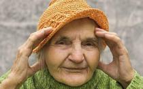 老人冬季戴帽有三大好处
