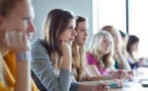 在高中常受同学欺负怎么办