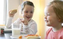 儿童不可盲目进补 警惕儿童饮食九大误区