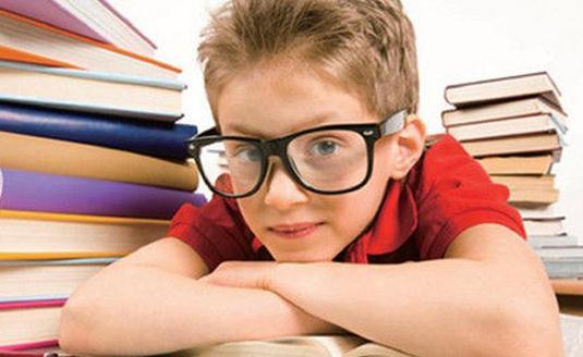 青少年近视吃什么可以保护眼睛?