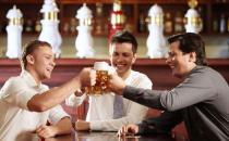 职场男性饮酒不伤身的原则