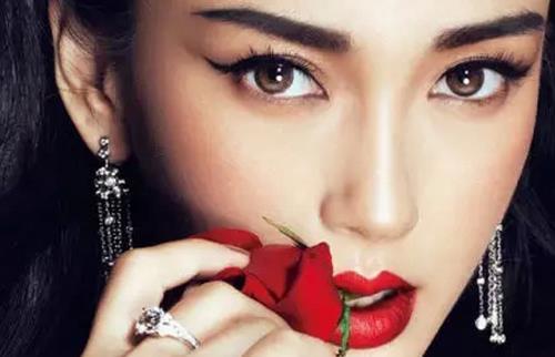 唯美 红唇 背景 素材