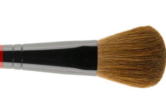 清洁腮红刷的正确步骤