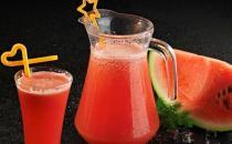 具有护肤功效的六大水果汁