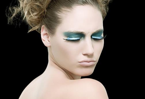 不同颜色的美瞳眼妆大盘点