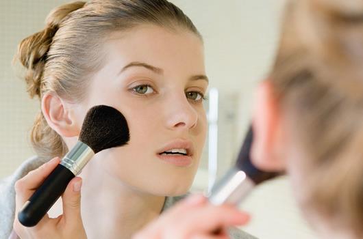 新手化妆怎么入门 5大常识八大技巧助你快速掌握彩妆技巧