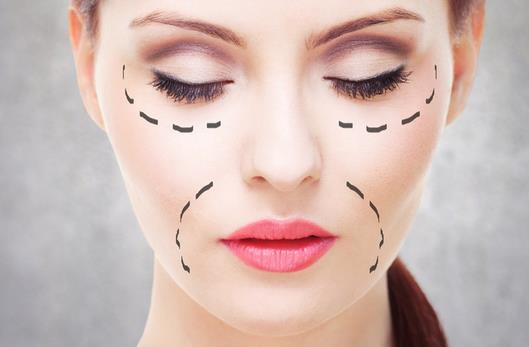 有哪些常見的錯誤除皺方法